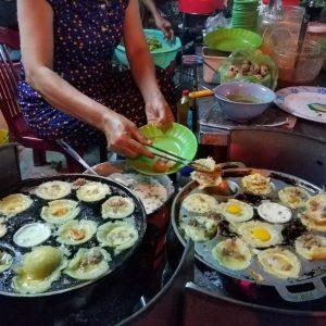 Phố ẩm thực Ngô Văn Sở